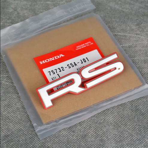 OEM emblemat RS na grill 95x22mm