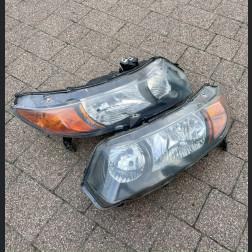 Lampy przednie Civic 8gen 06-08 Coupe FG2 black clear amber UŻYWANE
