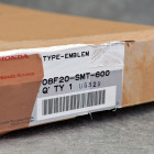 OEM emblemat TypeR grill FN2 i błotniki Honda Civic 8gen 06-11 08F20-SMT-600, 08F20SMT600